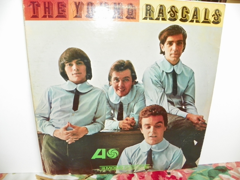 THE YOUNG RASCALS - Self Titled 1ST EDITION MONO-Rare