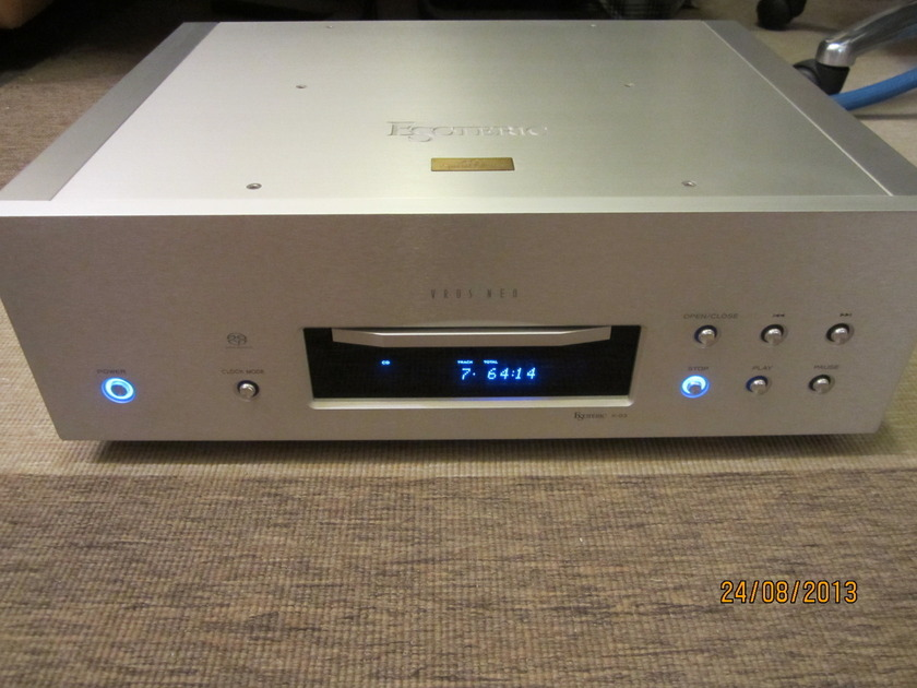ESOTERIC X03SE SACD/CD Player (230V) Excellent Remote+Manual+Boxes **LAST CALL**